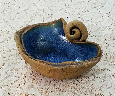sea bowl with snail.jpg